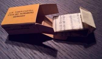 Open box with sharpener taken out (2)